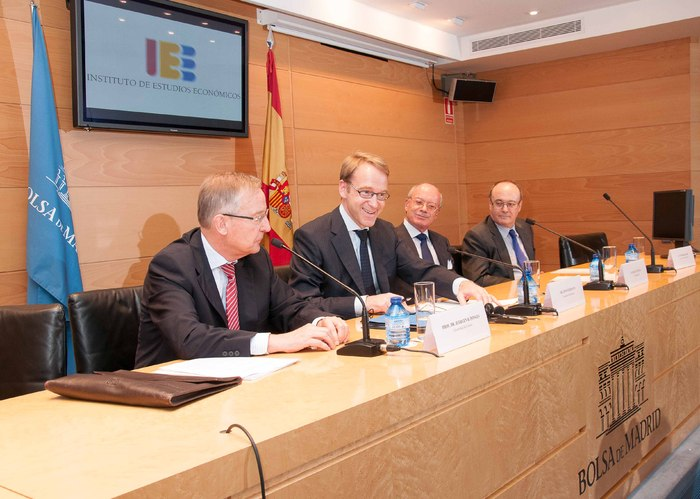 conferencia_Hacia_una_Union_Monetaria_Europea_mas_estable_impartida_por_el_Sr._Jens_Weidmann,_Presidente_del_Bundesbank_(4)
