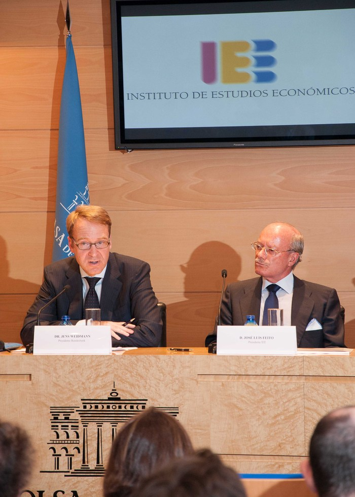 conferencia_Hacia_una_Union_Monetaria_Europea_mas_estable_impartida_por_el_Sr._Jens_Weidmann,_Presidente_del_Bundesbank_(7)
